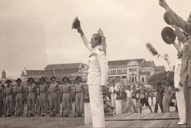 WW2 Singapore Mountbatten Japanese surrender 1945